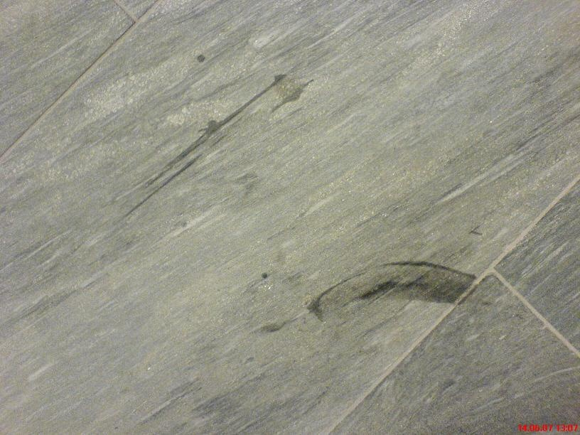 granit kratzer entfernen tiefe kratzer schleifspuren und abplatzungen aus polijsten tot. Black Bedroom Furniture Sets. Home Design Ideas